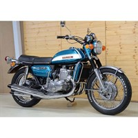 Minichamps Suzuki GT 750 J 1973 - Blue Metallic 1:12