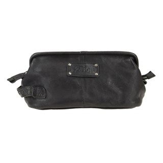 Norton Leather washbag in black